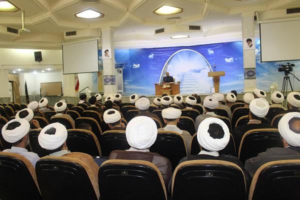گردهمایی اساتید، کارشناسان و مبلغان مرکز تخصصی نماز با قائم مقام محترم ستاد اقامه نماز+گزارش تصویری