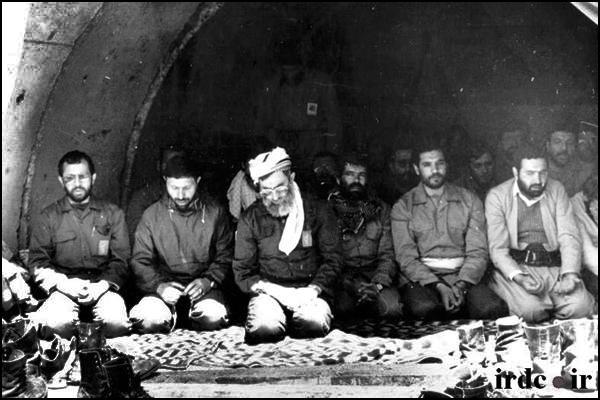 نماز و دفاع مقدس