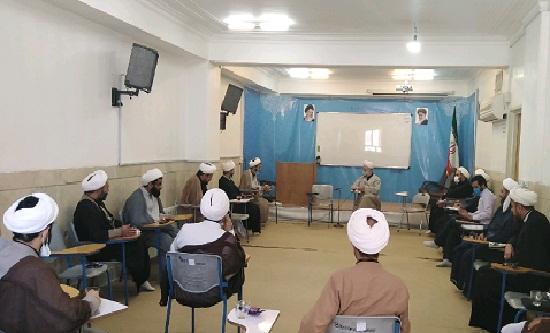 نشست صمیمی اساتید و کارشناسان مرکز تخصصی نماز با حجت الاسلام کلباسی