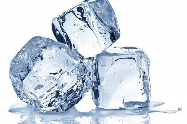 یک سطل آب یخ!