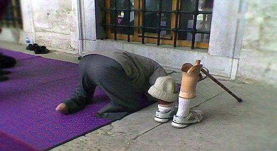 نماز نمی خوانم چون خوشگل نیستم!!!