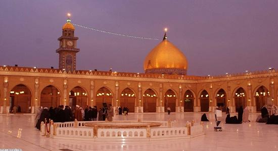 نماز در کوفه، مدینه و مکه در یک شب