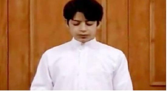 صحیح خوانی نماز صبح با قرائت زیبای نوجوان