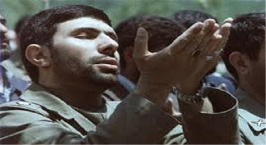 لغو جلسه مهم جنگ بخاطر نماز