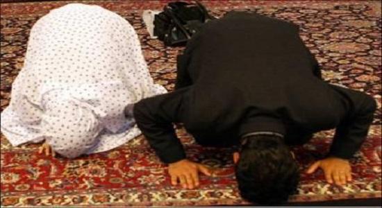 قرار دو عاشق بی قرار بعد از نماز