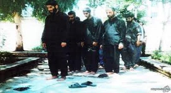 شهید علمدار معلم نماز بود