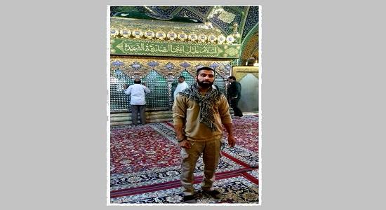 اذان شهید مدافع حرم در حرم حضرت رقیه قبل از شهادت