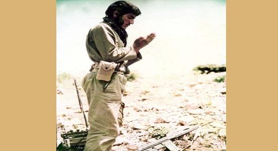 ایستاده در نماز