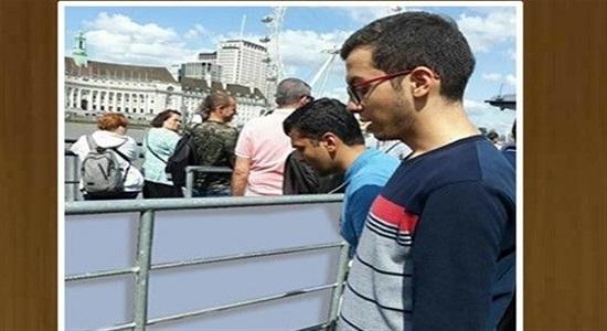 نماز روی پل باث، ادای تکلیف دینی بود؛ ساده و صادقانه