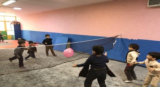 بازی گروهی؛ والیبال پایی
