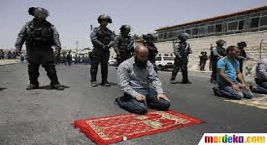 انواع برخورد ها با نماز در قرآن