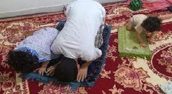 اگر پدر یا مادر بگوید نماز نخوان و روزه نگیر وظیفه چیست؟