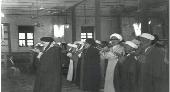 امام خمینی عاشق نماز بود