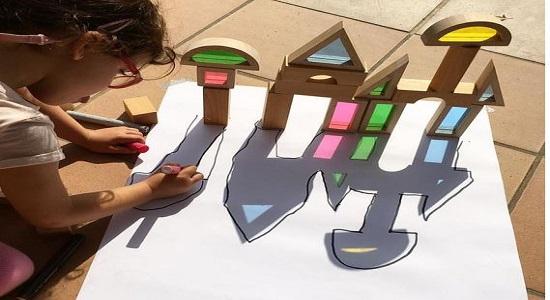 بازی کودکانه نقاشی سایهها