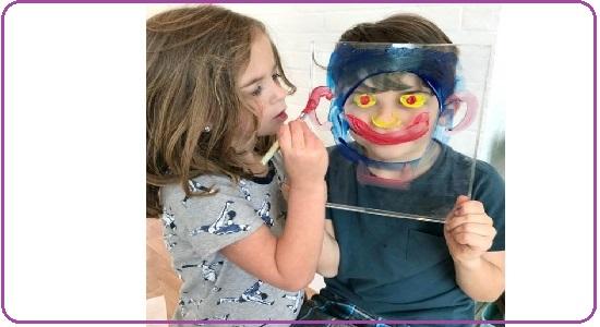 بازی نقاشی از روی یک طلق شفاف
