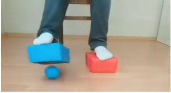 بازی های جمع آوری توپ های دو رنگ